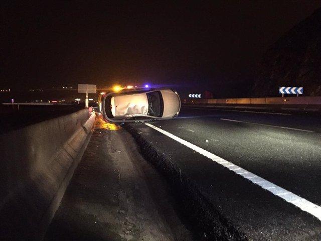 Accidente de tráfico en la A-8