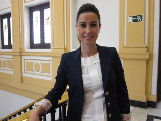La nueva alcaldesa de Ejea, Teresa Ladrero, en las instalaciones de la DPZ