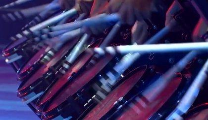 Top Secret: La banda de tambores que suena y se ve así de épico en YouTube