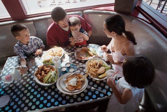 Comida en familia, alimentación