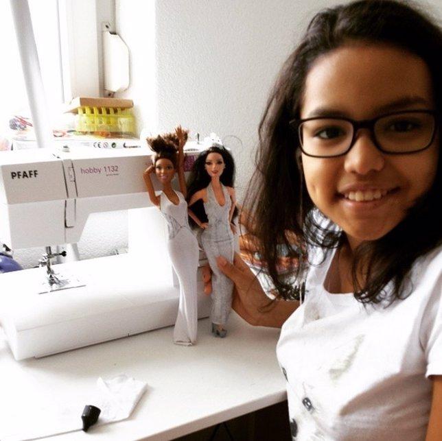 Un estilista de Dior felicita a una niña por sus creaciones en Instagram