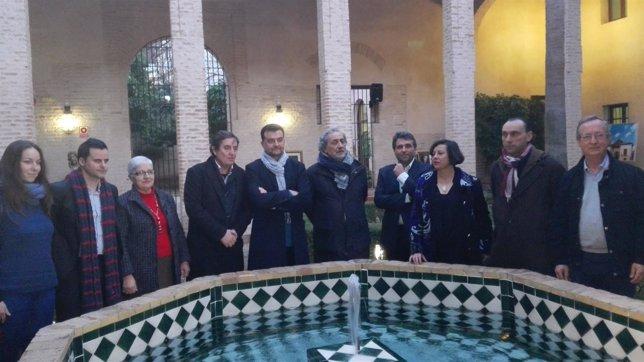 Maíllo con su equipo asesor de campaña