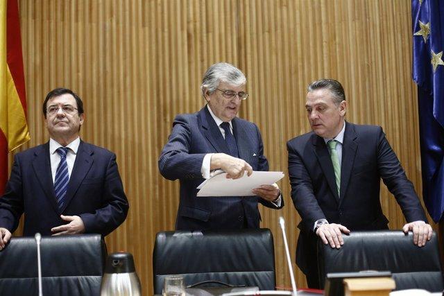 A la derecha Alfredo Prada con el anterior fiscal general, Eduardo Torres-Dulce