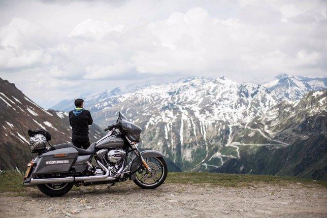 Oferta de puesto de trabajo de Harley_Davidson