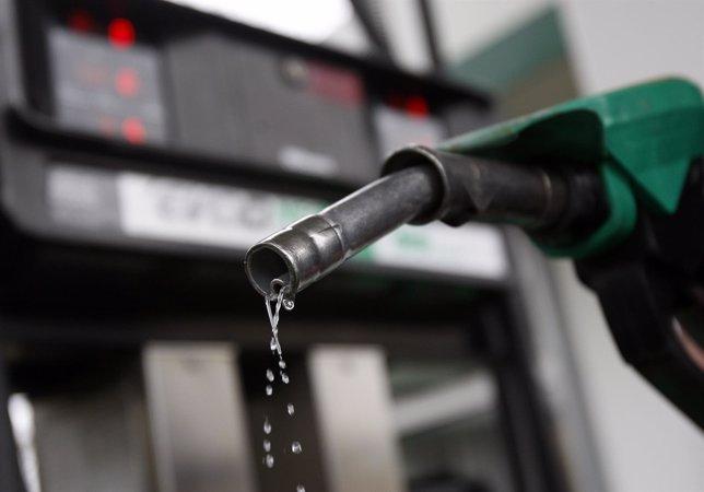 La gasolina y el gasóleo suben un 2,8% en apenas una semana