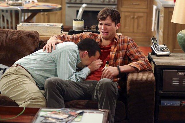 Jon Cryer y Ashton Kutcher