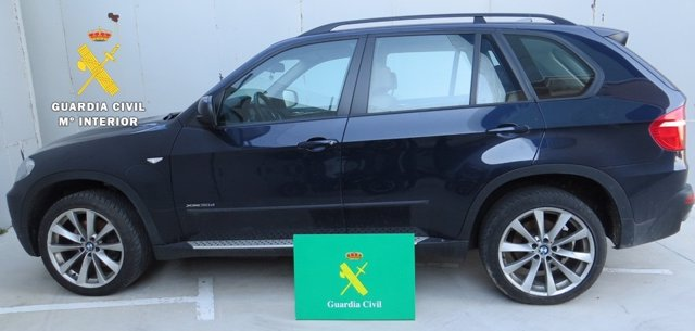 Vehículo de alta gama recuperado por la Guardia Civil.