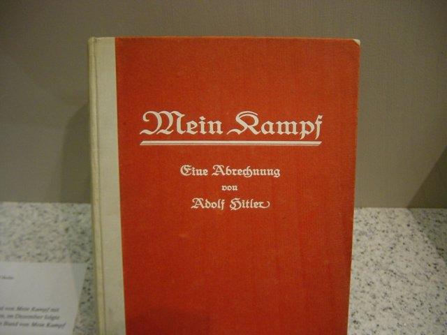 Mein Kampf, de Adolf Hitler