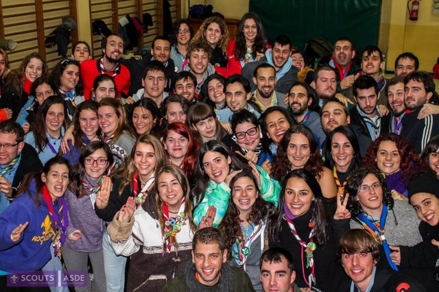 Encuentro de 80 grupos scout de la región