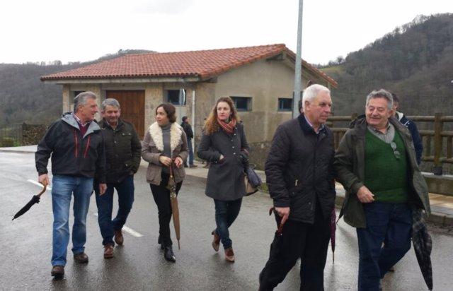 La consejera de Hacienda y Sector Público visita Cabranes