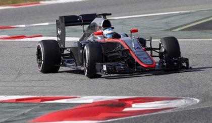 Fernando Alonso pasará la noche en el hospital tras chocar con un muro