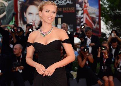Scarlett Johansson monta un grupo pop de chicas: The Singles