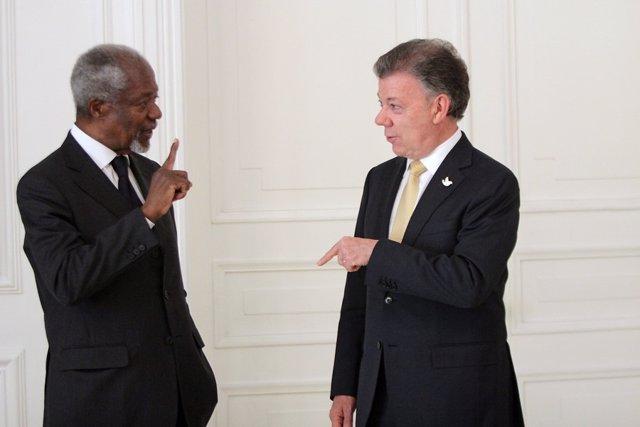 Juan Manuel Santos y Kofi Annan