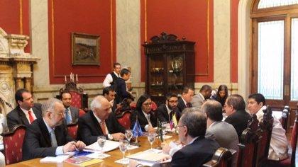 Países latinoamericanos piden reanudar diálogo entre Gobierno y oposición en Venezuela