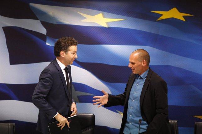 El Eurogrupo da su visto bueno a las reformas que propone Grecia para prorrogar
