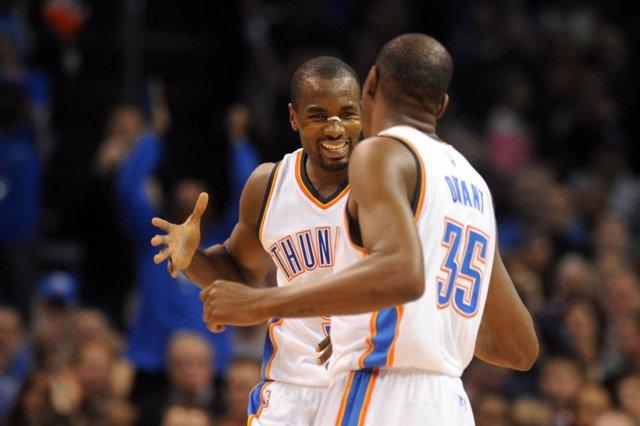 Serge Ibaka y Kevin Durant (Oklahoma City Thunder)