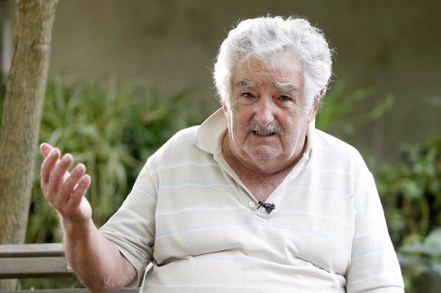 Mujica cree que en Venezuela existe el riesgo de