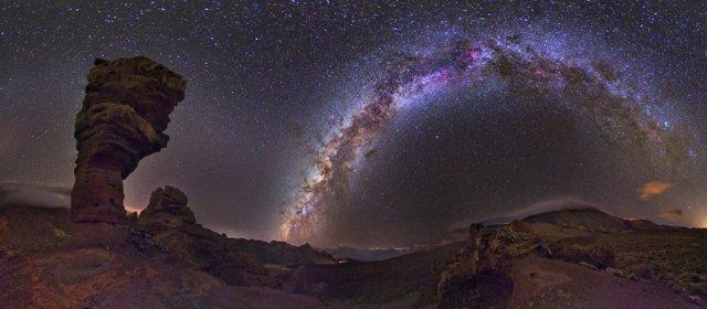 Imagen de la Vía Láctea desde el Teide