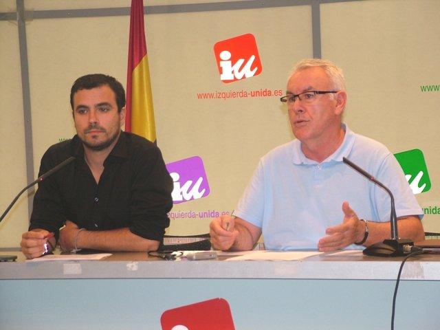 Cayo Lara y Alberto Garzón en rueda de prensa