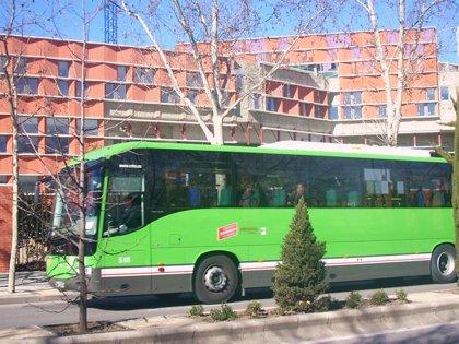 Las sillas gemelares podrán subirse a los autobuses de Madrid desde mañana