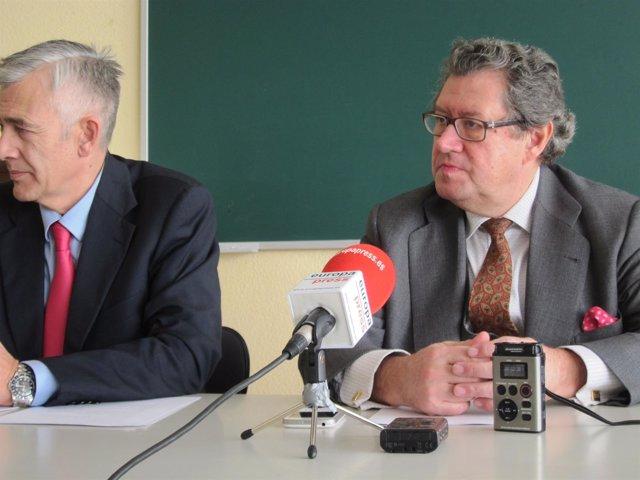 Enrique Calvet junto a Juan Rubio