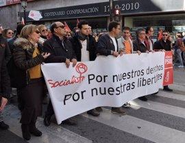 """PSOE dice que Cospedal """"no puede salir a ningún rincón de Castilla-La Mancha"""" y que """"esa es su verdadera encuesta"""""""