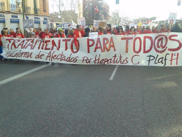Manifestantes de la Plataforma de Afectados por la Hepatitis C