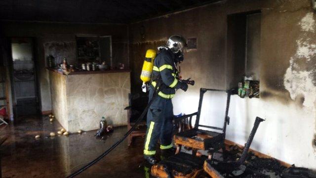 Fuego en la vivienda