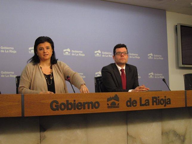 Arruga comparece con el director servicios jurídicos sobre diligencias TC
