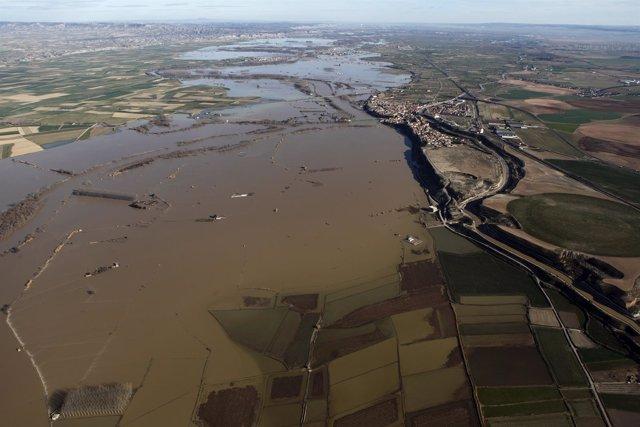 Efectos de la crecida del Ebro en la Ribera Alta, a su paso por Gallur