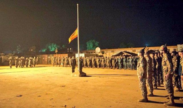 Arrian la bandera española en República Centroafricana