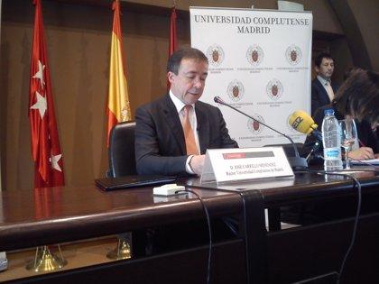 """MADRID.-AMP.- Carrillo pide la suspensión cautelar del acuerdo """"ilegal"""" de Educación y que deja a la UCM """"sin salida"""""""