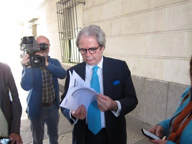 El abogado José María Mohedano