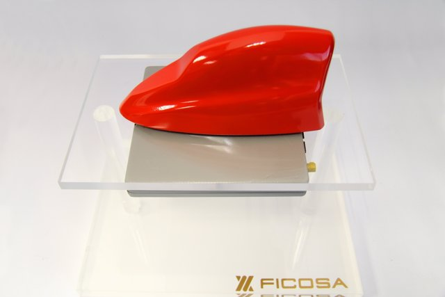 Smart Connectivity Module (SCM), de Ficosa