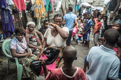 """La UE pide no caer en la """"autocomplacencia"""" en lucha contra el ébola"""