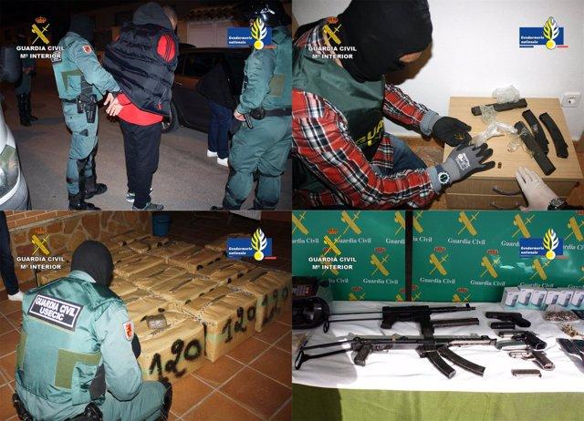 Imagen de los detenidos, las armas y la droga intervenida en la operación