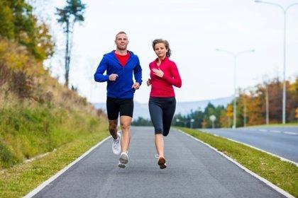 ¿Por qué el deporte es mejor en pareja?