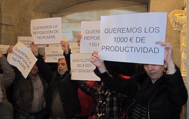 Protesta de trabajadores del Ayuntamiento de Salamanca