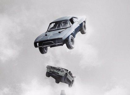 Coches por los aires en el nuevo clip de Fast & Furious 7
