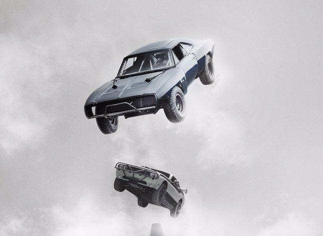 Coches volando por los aires en Fast & Furious 7