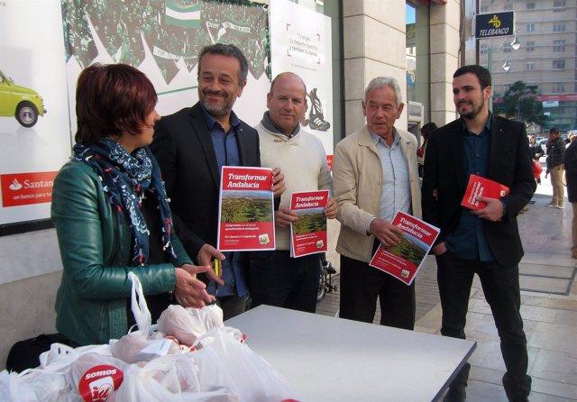 Dolores Quintana, José Antonio Castro y Alberto Garzón en Málaga