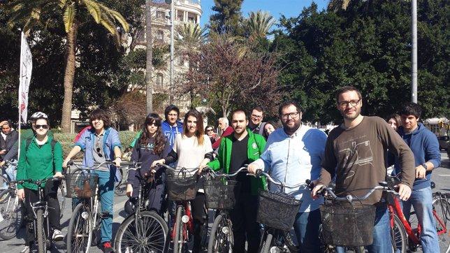 Bicicletada de juventudes socialistas