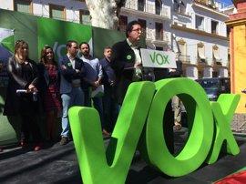 """VOX presenta sus cabezas de lista en las ocho provincias y afirma que vienen a """"fumigar la ruina y la corrupción"""""""