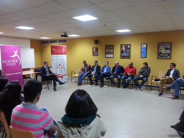 Clavijo se reúne con asociaciones deportivas