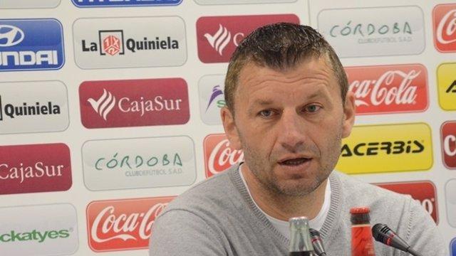 Miroslav Djukic, ténico del Córdoba, en rueda de prensa