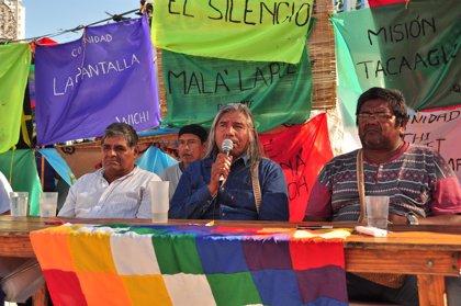 Comunidades de pueblos originarios acampan en Buenos Aires en señal de protesta