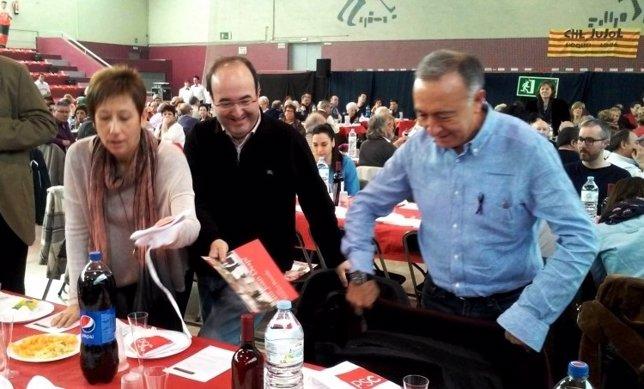 Iceta en un acto del PSC en Sant Joan Despí