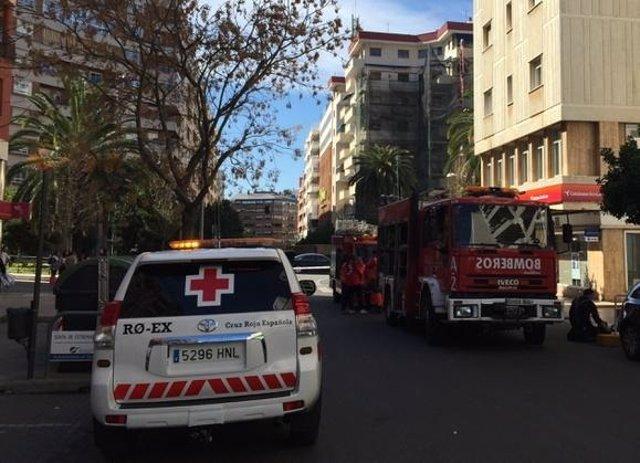 Asientencia en un incendio en la calle Segura Otaño de Badajoz