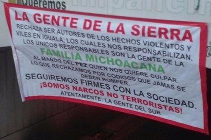 """El cártel de 'La Sierra' emite un 'narcomensaje': """"rechazamos ser los autores de los hechos violentos en Iguala"""""""