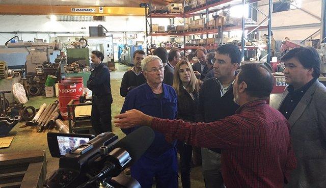 Mario Jiménez, en una visita a una fábrica.